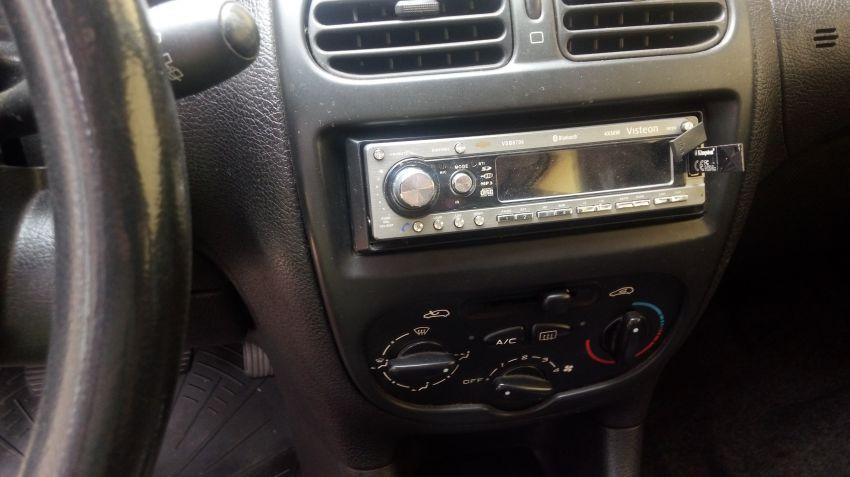 Peugeot 206 Hatch. Feline 1.4 8V - Foto #6