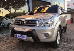 Toyota Hilux Sw4 3.0 TDi 4x4 Srv 7l