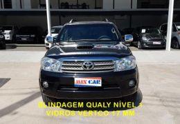 Toyota Hilux SW4 SRV 3.0 4X4(7 Lugares)