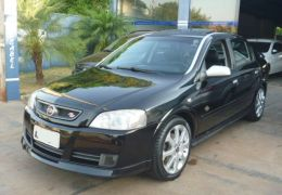 Chevrolet Astra Hatch SS 2.0 (Flex)