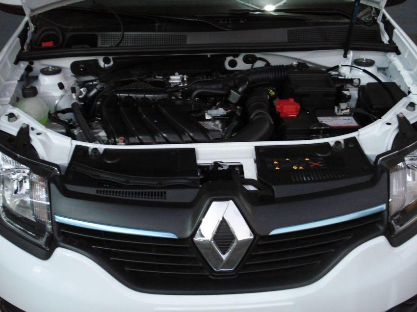 Renault Logan 1.6 16V Sce Expression - Foto #4