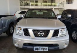 Nissan Frontier XE 4x4 2.5 16V (cab. dupla)