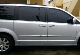 Chrysler Town & Country Touring 3.6 (aut)