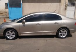 Honda New Civic EXS 1.8 (aut)