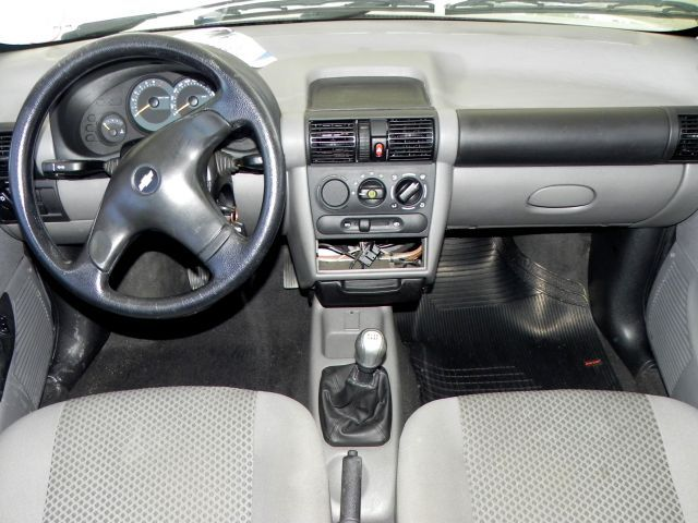 Chevrolet Classic LS 1.0 Mpfi VHCE 8V Flexpower - Foto #9