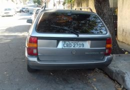 Volkswagen Santana 1.8 MI (Gnv)