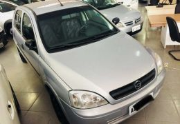 Chevrolet Corsa Hatch 1.8 (Flex)