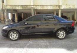 Ford Focus Sedan 1.6 8V