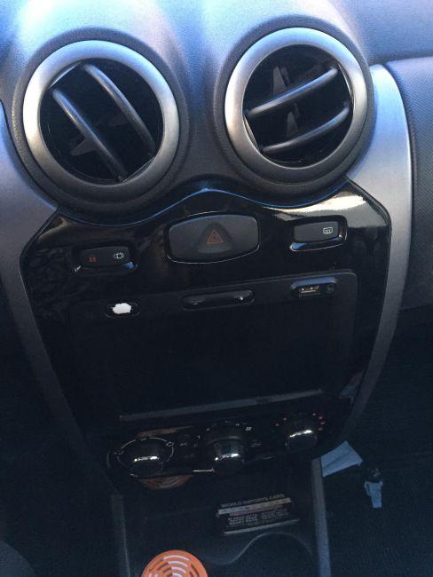Renault Sandero Privilège 1.6 8V (flex) - Foto #2