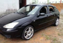 Ford Focus Hatch Ghia 2.0 16V (Aut)