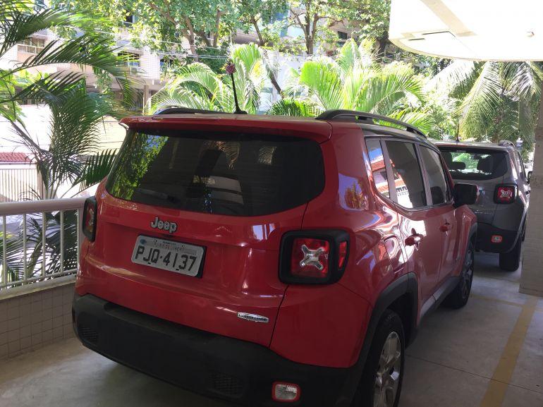 Jeep Renegade Longitude 1.8 (Flex) (Aut) - Foto #10