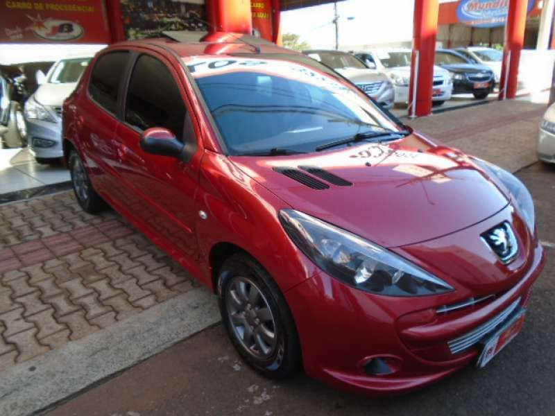 Peugeot 207 Hatch XR 1.4 8V (flex) 4p - Foto #1