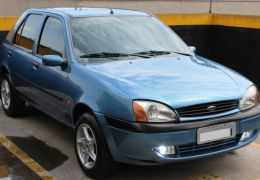 Ford Fiesta Hatch GLX 1.6 MPi 4p