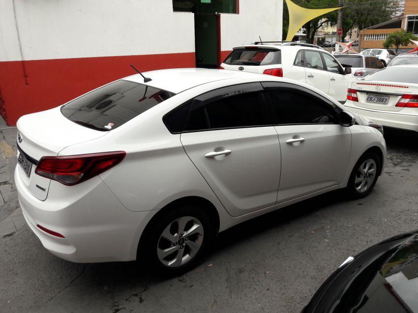 Hyundai HB20 1.6 S Comfort Plus blueMedia (Aut) - Foto #2