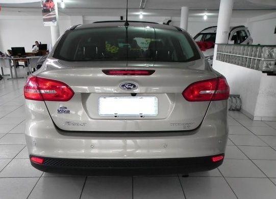 Ford Focus Sedan Titanium Plus 2.0 PowerShift - Foto #3