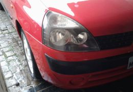 Renault Clio Hatch. Expression 1.0 16V