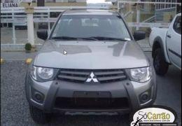 Mitsubishi L200 Triton Outdoor HLS 2.4 (Flex)