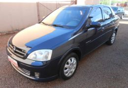 Chevrolet Corsa Sedan Premium 1.8 (Flex)