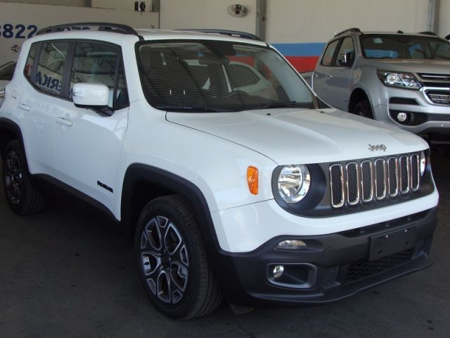 Jeep Renegade Longitude 1.8 16v Flex - Foto #3
