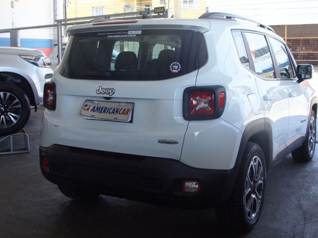 Jeep Renegade Longitude 1.8 16v Flex - Foto #4