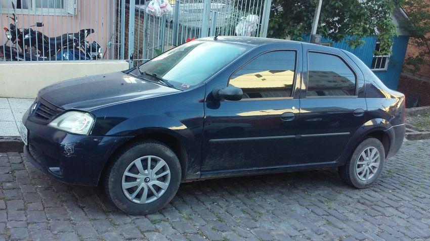 Renault Logan Expression 1.0 16V (flex) - Foto #1