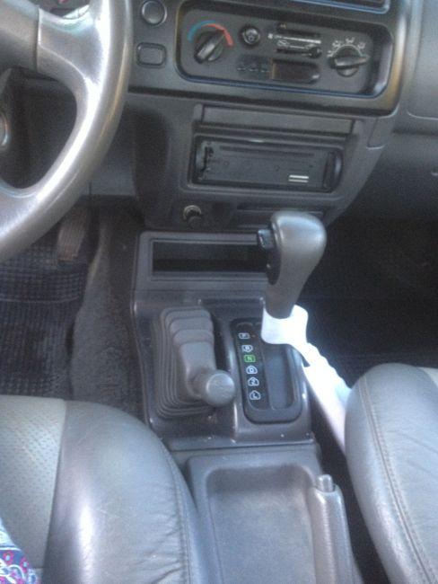 Mitsubishi L 200 Outdoor HPE 4x4 2.5 (aut) (cab. dupla) - Foto #7