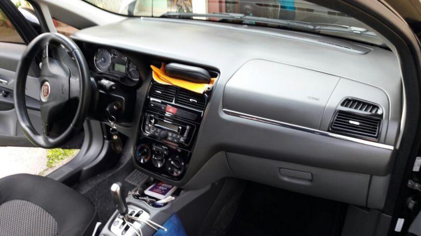 Fiat Linea LX 1.9 16V Dualogic (Flex) (Aut) - Foto #4