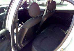 Peugeot 206 Hatch. Presence 1.4 8V (flex)