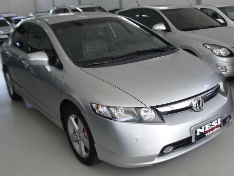 Honda New Civic LXS 1.8 16V (flex) - Foto #3