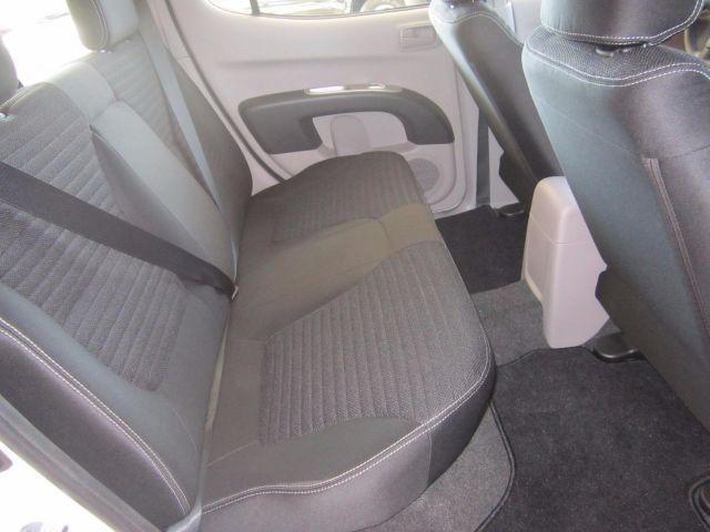 Mitsubishi L200 GL Triton 4X4 Cabine Dupla 3.2 Turbo Intercooler 16V - Foto #5
