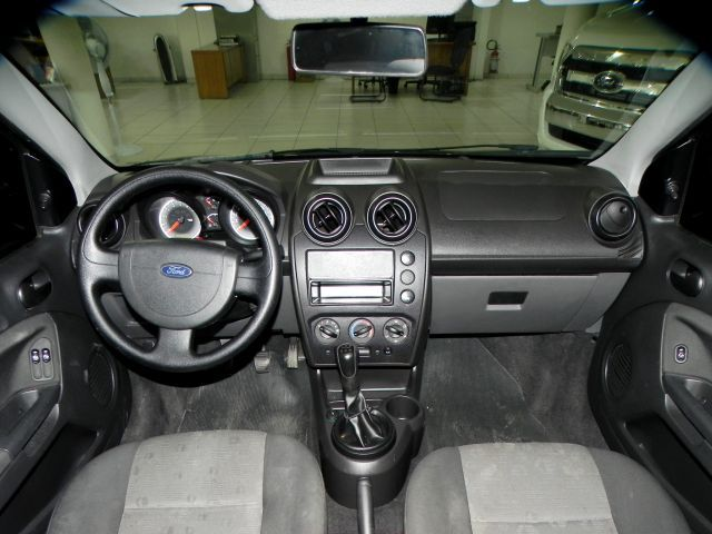 Ford Fiesta 1.6 MPI 8V Flex - Foto #9