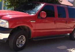 Ford F-250 XLT 4x4 3.9 (Cabine Dupla)