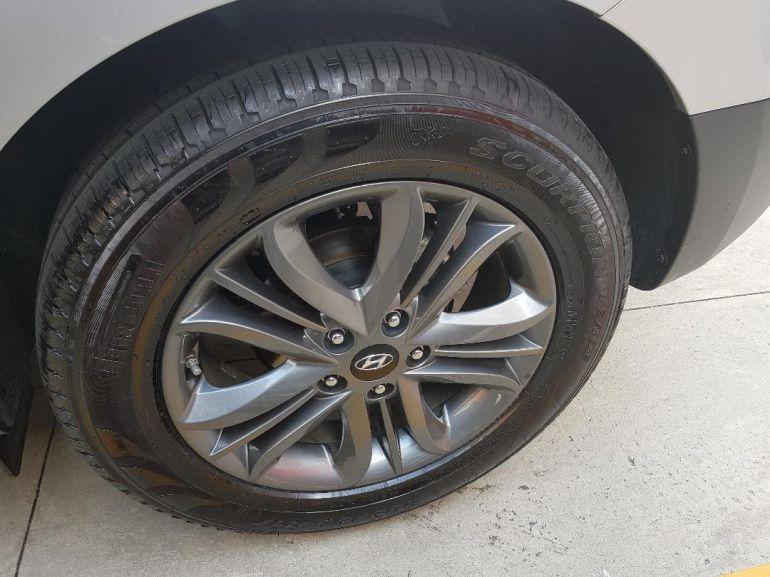 Hyundai ix35 2.0 GL (Flex) (Aut) - Foto #8