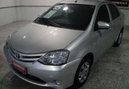 Toyota Etios Sedan X 1.5 16V Flex