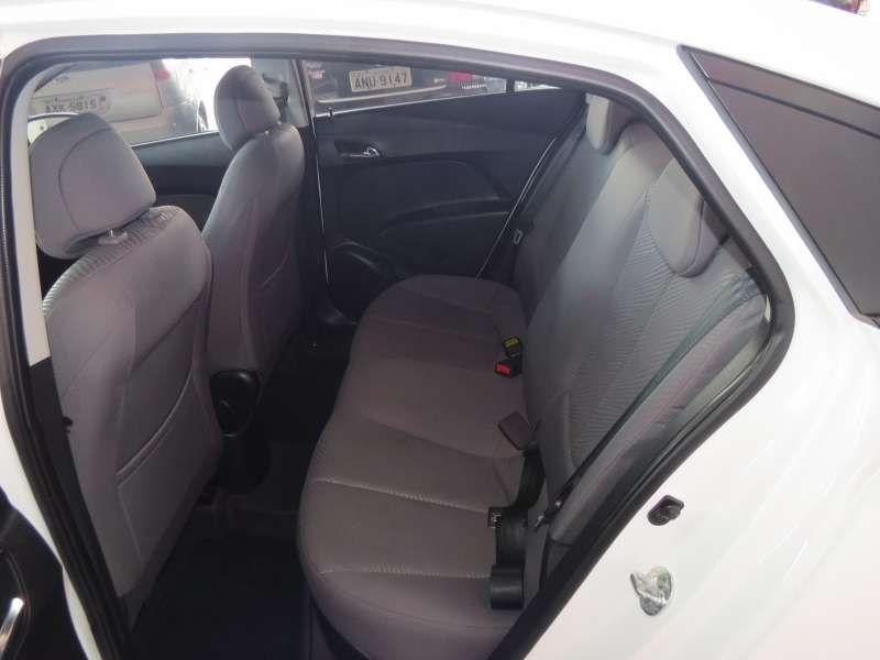 Hyundai Hb20s 1.6 Comfort Plus Bluemedia (aut) - Foto #5