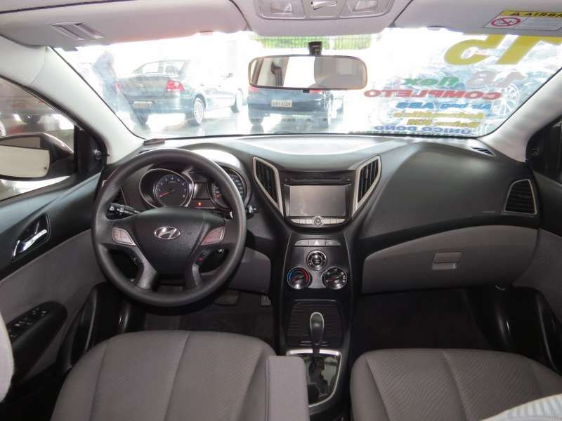 Hyundai Hb20s 1.6 Comfort Plus Bluemedia (aut) - Foto #6