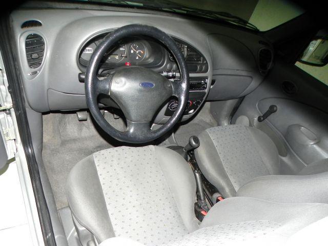 Ford Courier L 1.6 MPI 8V - Foto #6