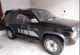 Nissan Pathfinder SE 4x4 3.0 12V