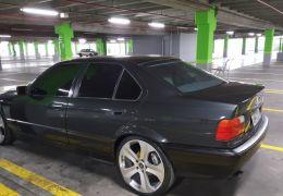 BMW 325i (aut) - Foto #1