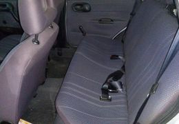 Chevrolet Corsa Sedan Super 1.0 MPFi