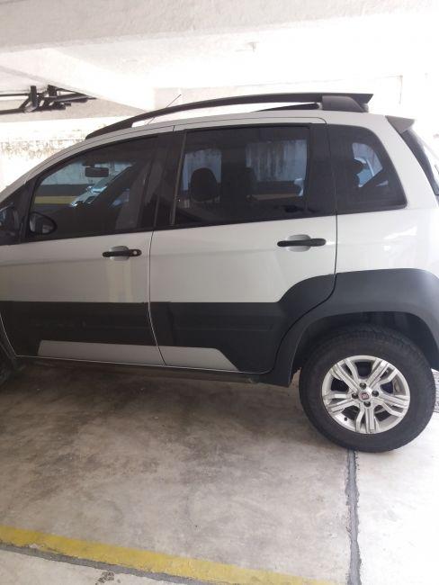 Fiat Idea Adventure 1.8 16V Dualogic (Flex) - Foto #5