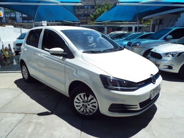 Volkswagen Fox 1.0 TEC BlueMotion (Flex) 4p - Foto #3