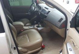 Toyota Hilux SW4 SRV 4x4 3.0 Turbo (aut)2