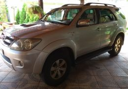 Toyota Hilux SW4 3.0 TDI 4x4 SRV 5L (Aut)