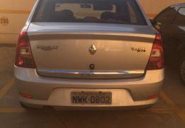 Renault Logan Authentique 1.0 16V (flex)