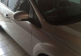 Ford Focus Sedan Ghia 2.0 16V (Flex)