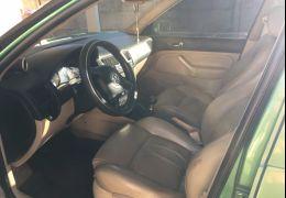 Volkswagen Golf GTI Turbo 1.8 MI (Aut)