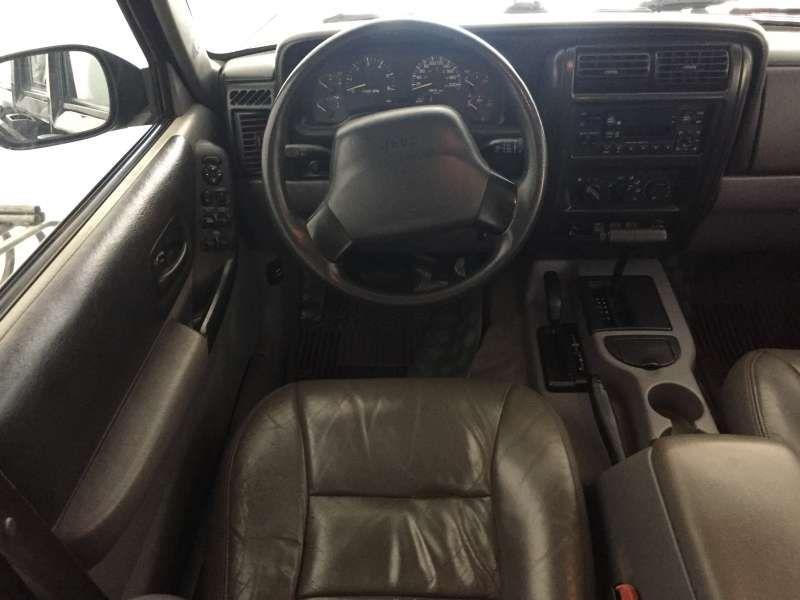 Jeep Cherokee Sport 3.7 V6 - Foto #7