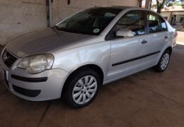 Volkswagen Polo Sedan 1.6 8V