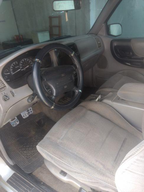 Ford Ranger STX 4x2 4.0 V6 12V (Cabine Estendida) - Foto #2